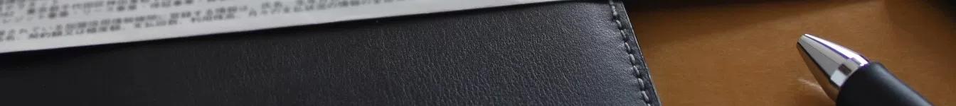 帯電防止効果のある材料で透明性のあるものを探しています。